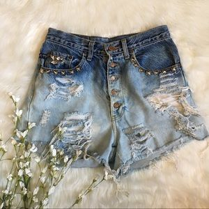 Pepe Jeans Pants - Pepe vintsge highwaisted distressed studded shorts