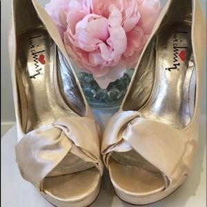 Luichiny Shoes - Knot Me Beige Satin Luichiny Heels - Size 7M