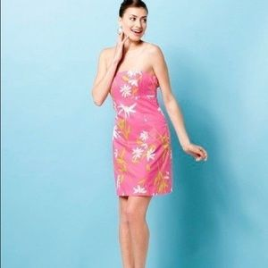 """Lilly Pulitzer Franco in """"Hotty Pink Twirlers"""""""