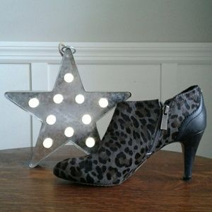 Vince Camuto Shoes - Vince Camuto Cheetah Ankle Bootie