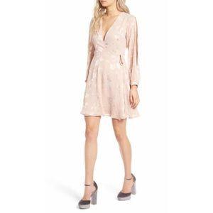 ASTR Dresses & Skirts - NWT ASTR Burnout Blush Pink Dress Wrap