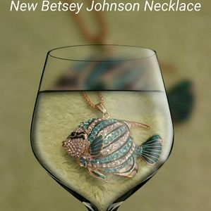 Jewelry - NWT BETSEY JOHNSON NECKLACE FISH TEAL
