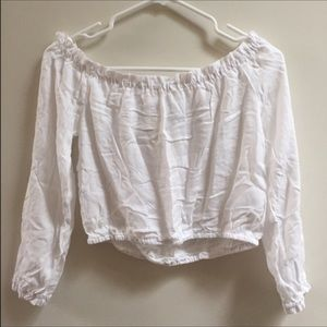 NWT! Off The Shoulder White Cropped Top!