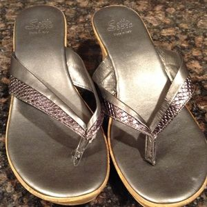 sotto sopra Shoes - Size 9 sandals made in Italy