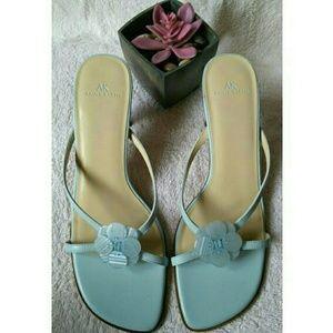 Anne Klein Shoes - New!🎉🎇Anne Klein Pale Blue Kidskin Slides, EUC