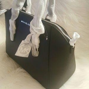 Michael Kors Handbags - NWT* Michael Kors Ciara Satchel* Black/Silver*