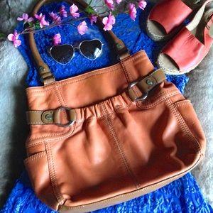 Tignanello Handbags - Tignanello Leather Tote