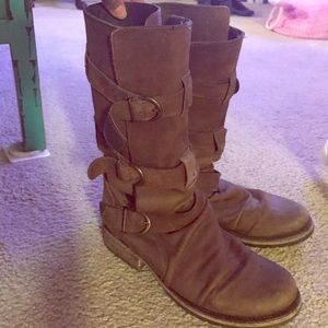 Steve Madden Shoes - Slouchy Steve Madden Brown Boots