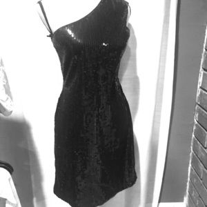 Club Monaco Dresses & Skirts - Short black sequence dress one shoulder medium