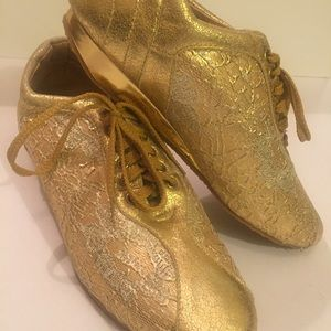 DOCA Shoes - DOCA Golden Sneakers