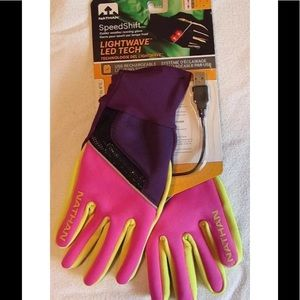 Nathan Accessories - Womens Nathan Speed Shift Led Running Gloves Small