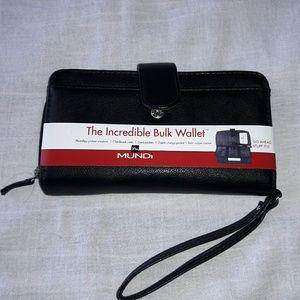 Mundi Other - The incredible  bulk wallet