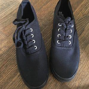 H&M black platform sneakers