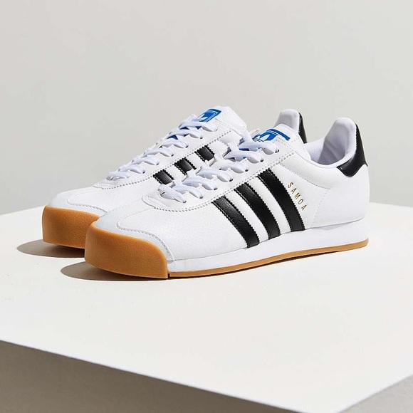 le adidas originali samoa gomma solo scarpe da ginnastica in bianco poshmark