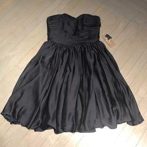 Monique Lhuillier Dresses & Skirts - Monique Lhuillier navy sweetheart fit flare dress
