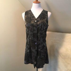 Emanuel Ungaro Jackets & Blazers - Emanuel Ungaro Floral NWOT Grey Vest Top
