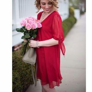 Soprano Dresses & Skirts - NWT Soprano Jules Split Sleeve Shift Dress