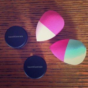 bareMinerals Other - BareMinerals NEW Eyeshadow Makeup &Beauty Puffs 🎀