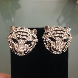 Amrita Singh Jewelry - NWT stunning Amrita Singh leopard earrings