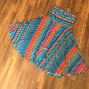 Flowy A-line Strapless Dress