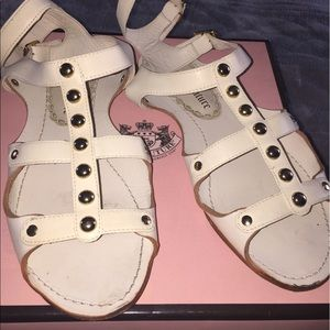 Juicy Couture..Gladiator Sandals..size 8