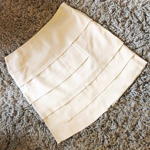 Larry Levine Dresses & Skirts - tiered linen skirt 🌻