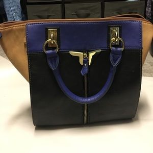 Danielle Nicole Handbags - Danielle Nicole bag