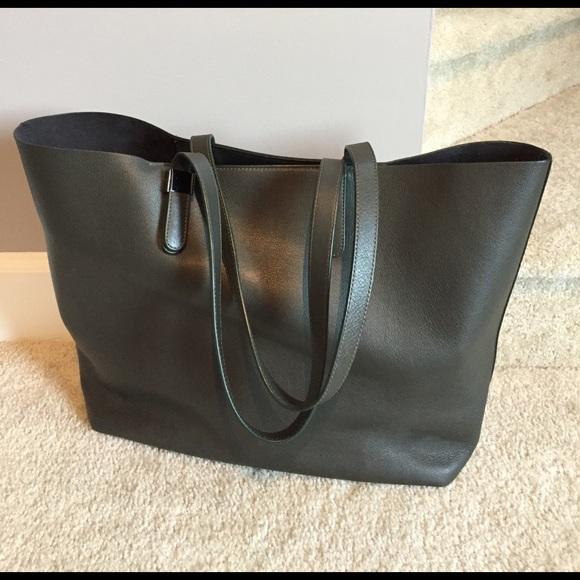 c6540a467 Everlane Handbags - Everlane Petra Market Tote Dark Green