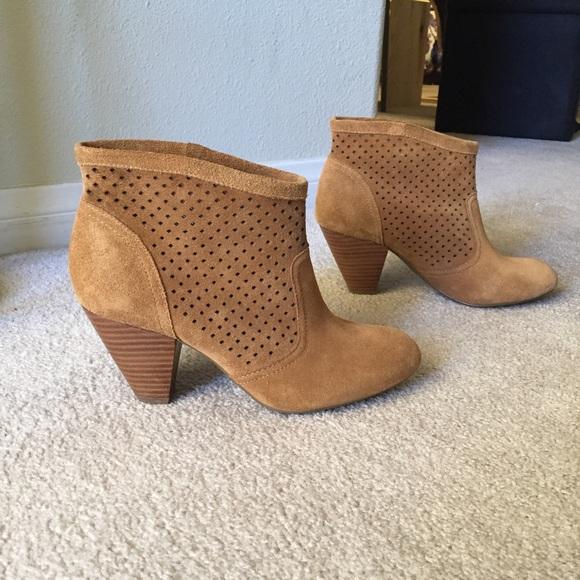 7f4784f698f Jessica Simpson Shoes - 💋Jessica Simpson  Orsona  Bootie💋