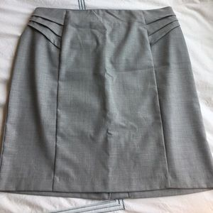 New York & Company Dresses & Skirts - New York and Co gray pencil skirt with detailing