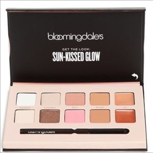 Bloomingdale's Other - 💕Bloomingdale's Get Glowing Palette💕