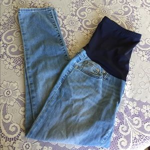 GAP Denim - Gap Maternity Girlfriend Jeans