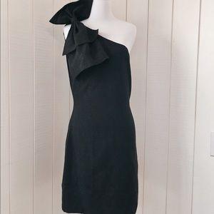 isabel lu Dresses & Skirts - ISABEL LU Avant Garde One Shoulder Black Dress