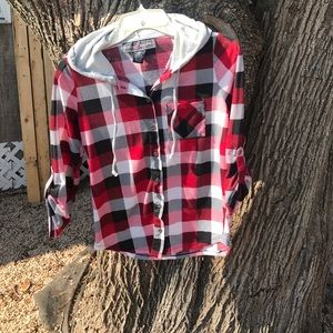 Polly & Esther Tops - Black,White, and Red Plaid 3/4 Sleeve Top