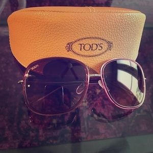 Tod's Accessories - TOD'S sunglasses!