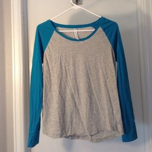 Fabletics Tops - Fabletics Baseball Tee Gray and Teal Size Small