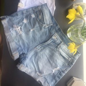 Articles of Society  Pants - ☀️☀️ Perfect Spring Distressed Denim Shorts