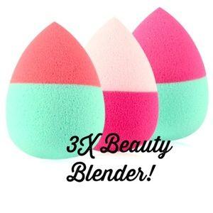 Other - 3x Beauty Blender Makeup Sponge Puffs !! 💕