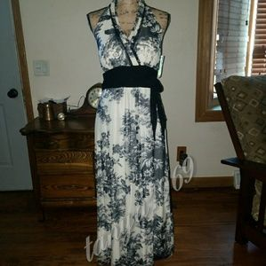 Sangria Dresses & Skirts - New with tags maxi dress