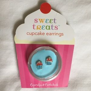 Other - Cupcake Earrings