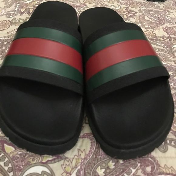 3000ebc12e58b Gucci flip flops