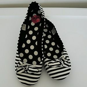 Rocket Dog Shoes - Black and White Striped Flats