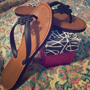 Diane von Furstenberg Shoes - ✨🦋Diane Von Furstenburg Sandals (flip flops)🦋✨