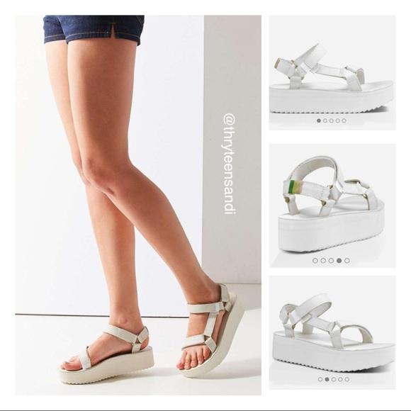 056ad6cb005 Teva Flatform Universal Crafted White Sandal