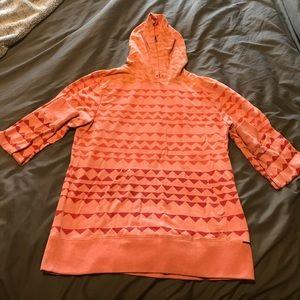 on the byas Tops - On The Byas Light Sweatshirt