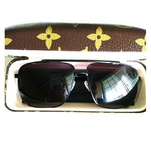 Louis Vuitton Attitude Pilot Sunglasses Z0537U