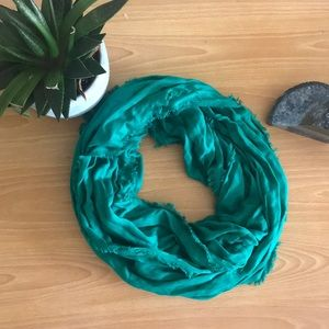 Green infinity scarf ✨