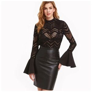 Tops - Dramatic Black Bell Sleeve Cut Out Top D20