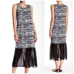 Kensie Dresses & Skirts - NWT Kensie Printed Maxi Dress