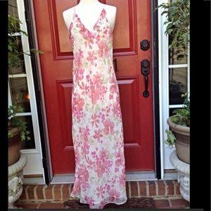 Valerie Stevens Dresses & Skirts - Valerie Stevens Maxi Dress Medium
